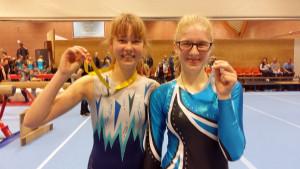 Janneke en Daphne Herfstbladerentoernooi