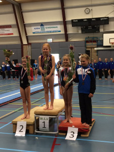 Finale 6e divisie 2016 brons voor Isabelle Grave